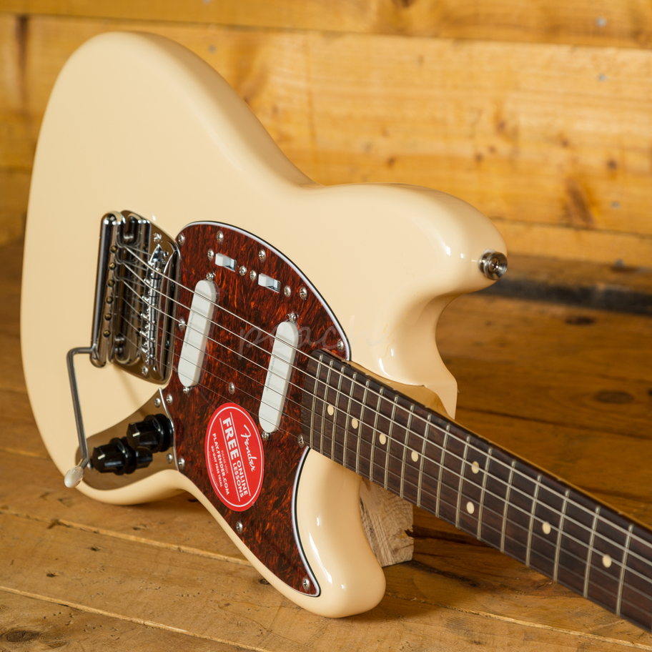 squier vintage modified mustang vtg white peach guitars. Black Bedroom Furniture Sets. Home Design Ideas