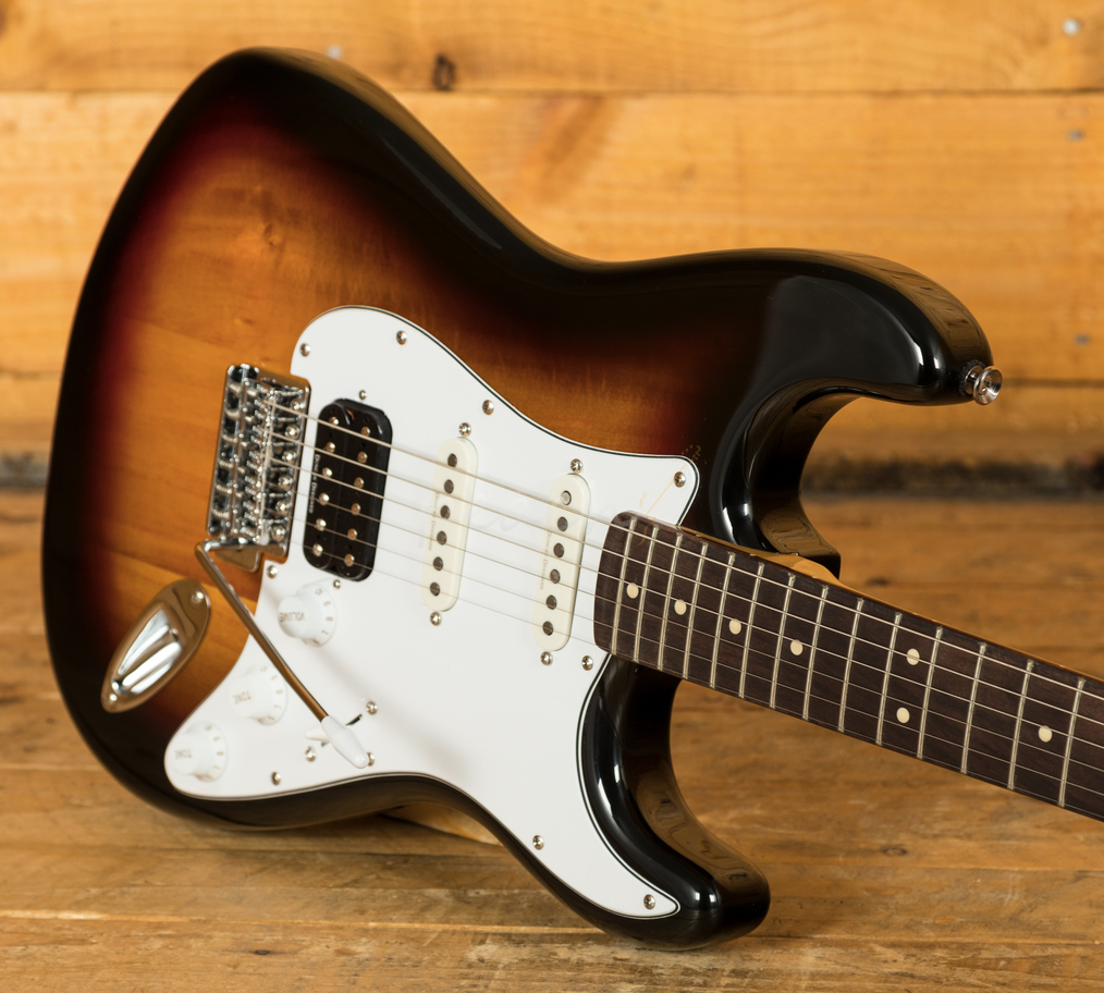 squier vintage modified stratocaster hss rw 3 tone sunburst peach guitars. Black Bedroom Furniture Sets. Home Design Ideas