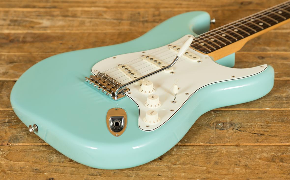 fender custom shop 63 nos strat daphne blue used peach guitars. Black Bedroom Furniture Sets. Home Design Ideas