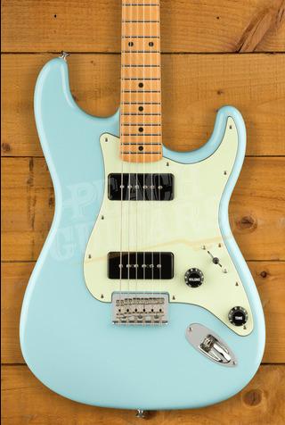 Fender Noventa Strat Maple Daphne Blue
