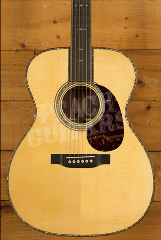 CF Martin Custom Shop 000 Custom Italian Alpine Spruce Figured Wild Grain EIR
