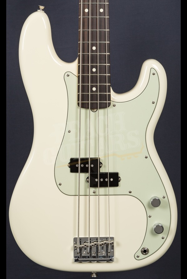 Fender American Pro P Bass Olympic White Rosewood