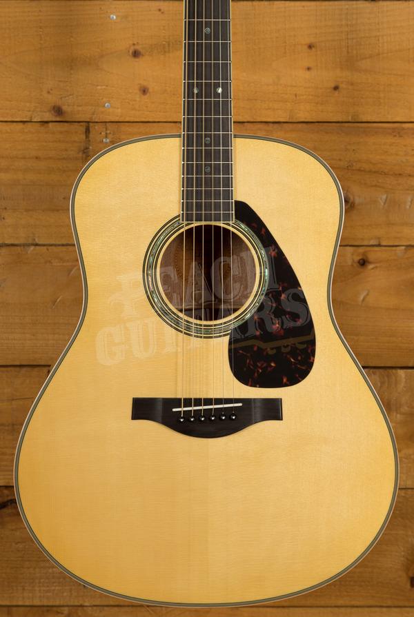Yamaha LL16 ARE - Mahogany Electro/acoustic with Hard Bag