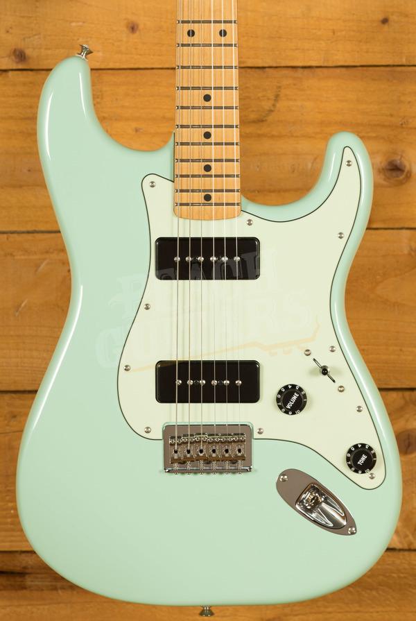 Fender Noventa Strat Maple Surf Green