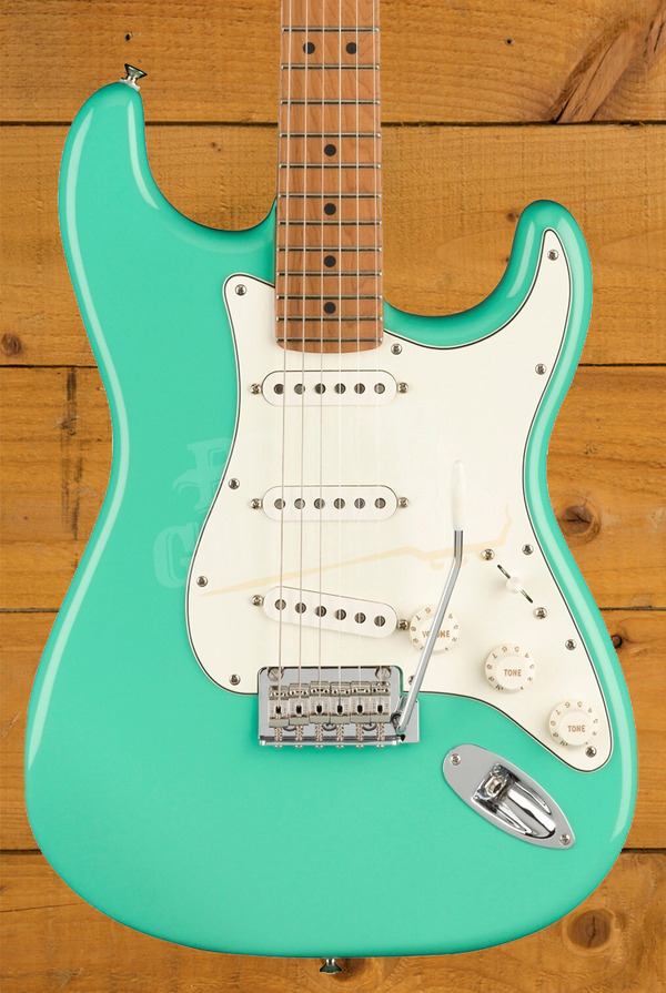Fender Limited Edition Player Stratocaster Seafoam Green w/Roasted Maple Neck