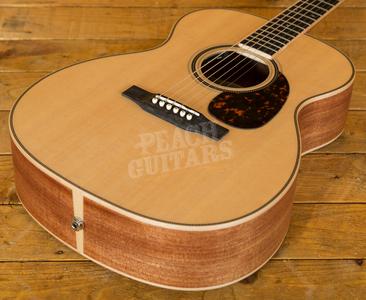 Larrivee OM-40E Acoustic Guitar