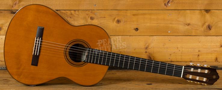 Yamaha CG182C Solid Cedar Top Classical Natural