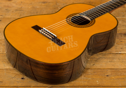 Yamaha CG192S Solid Spruce Top Classical Natural