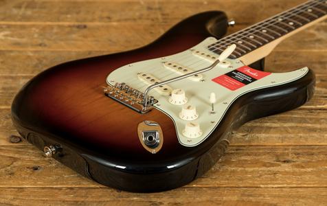 Fender American Pro Strat Rosewood 3 Tone Sunburst