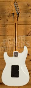 Squier Classic Vibe 70s Strat Laurel Olympic White