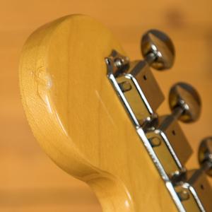 Squier Vintage Modified Stratocaster HSS RW 3 Tone Sunburst