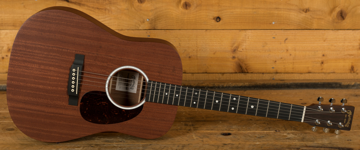 CF Martin Dreadnought Junior DJR10E-01 - Sapele Cherry Stain