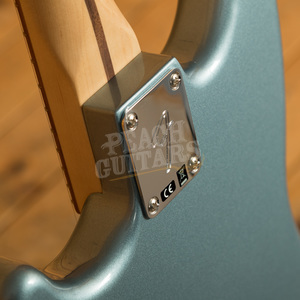 Fender Player Series Duo-Sonic Ice Blue Metallic