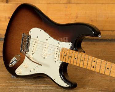 Fender American Deluxe Strat Sunburst Used