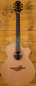 Lowden O23c Fan Fret W/C - Walnut & Red Cedar Original Series