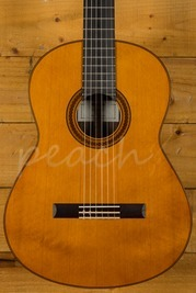Yamaha CG182C Solid Cedar Top Classical Natural
