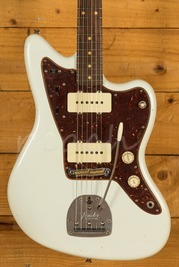 Fender Custom Shop '62 Jazzmaster Journeyman Relic RW Olympic White