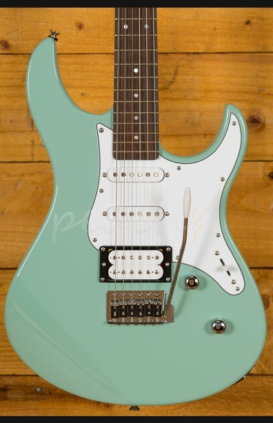 Yamaha Pacifica 112V Rosewood Sonic Blue