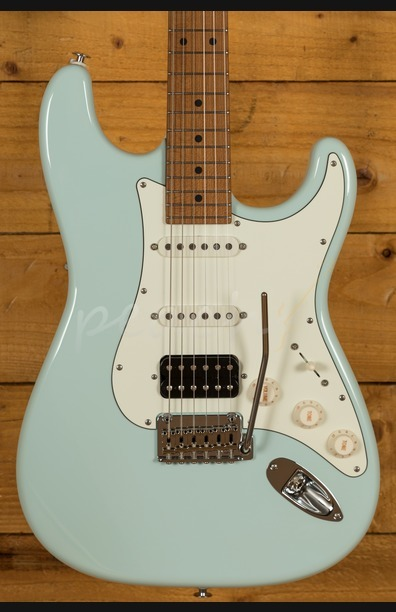 Suhr Classic Pro Peach LTD - HSS Maple Sonic Blue