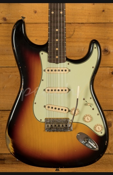 Fender Custom Shop '60 Strat Relic 3 Tone Sunburst