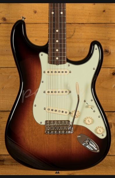 Fender Vintera 60s Strat Pau Ferro 3 Tone Sunburst