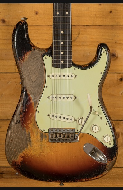 Fender 61 Strat Ultra Relic Dale Wilson built - Peach Guitars