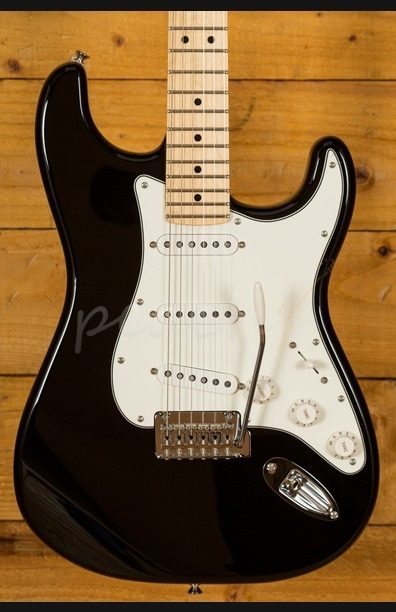 Fender Player Series Strat Maple Neck Black